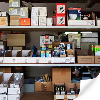 Installationsmaterial, Haushaltsgeräte, Leuchten, Leuchtmittel, Ersatzteile